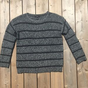 Striped Forever 21 Knit Sweater Size Small